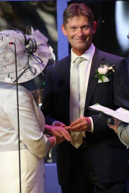 tb_richard_and_sandie_wedding_27.05.18_31_512x768.jpg.webp